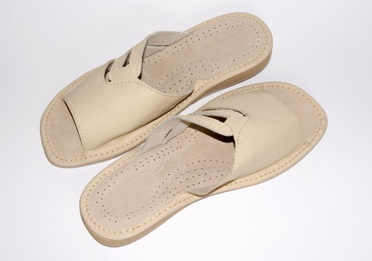 white leather house slippers leather slippers product 61 65